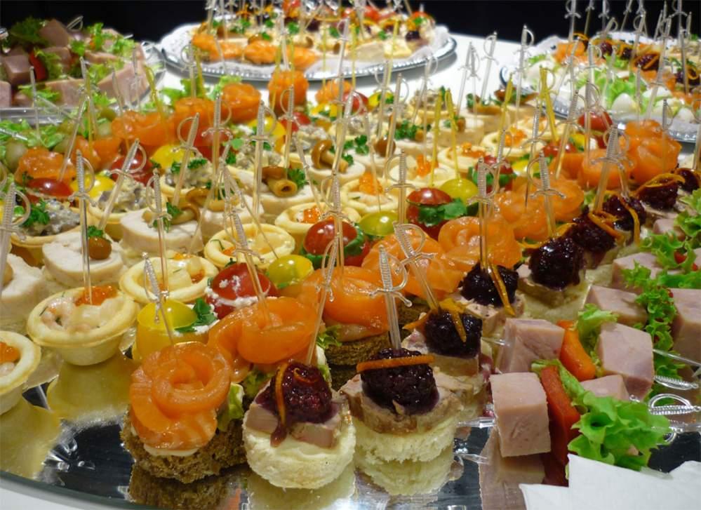 Деловой банкет, фуршет или как накормить участников конференции3