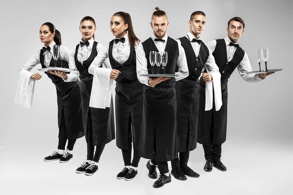 Навыки и умения профессионального официанта. Что важно знать о работе официанта3