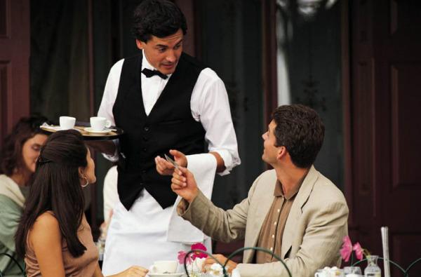 Навыки и умения профессионального официанта. Что важно знать о работе официанта4