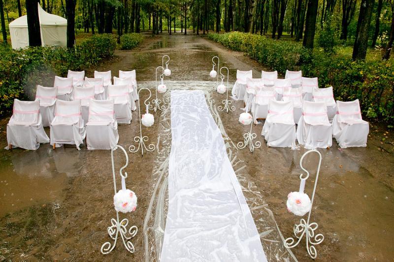 Плюсы и минусы свадебного банкета на открытом воздухе2