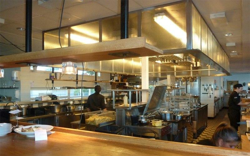 Ресторан с открытой кухней или Когда приготовление еды превращается в шоу1