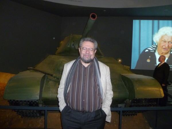 В. Фишерман с танком