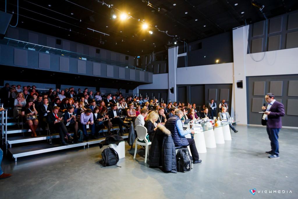 открытая защита проекта Vodafon Future Breakers Live в главном зале